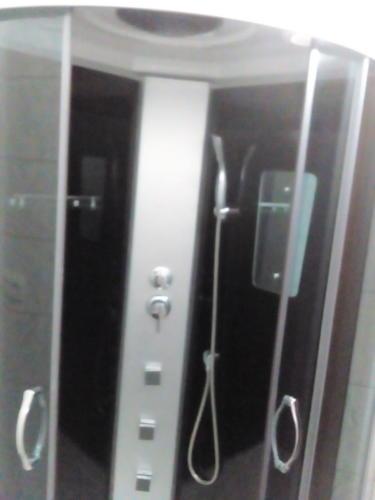 Сборка и подключение душевой кабин (гидробокса).