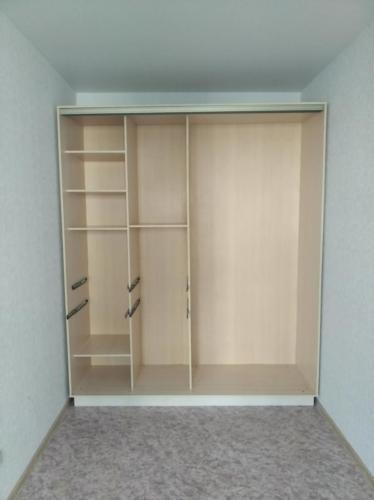 Сборка шкафа-купе 9
